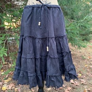 North face black ruffle skirt size xl